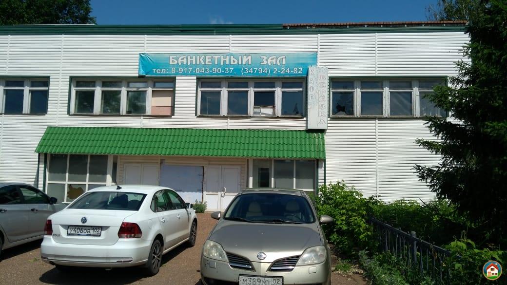 Нежилое 3-этажное здание, 1104.5 м²