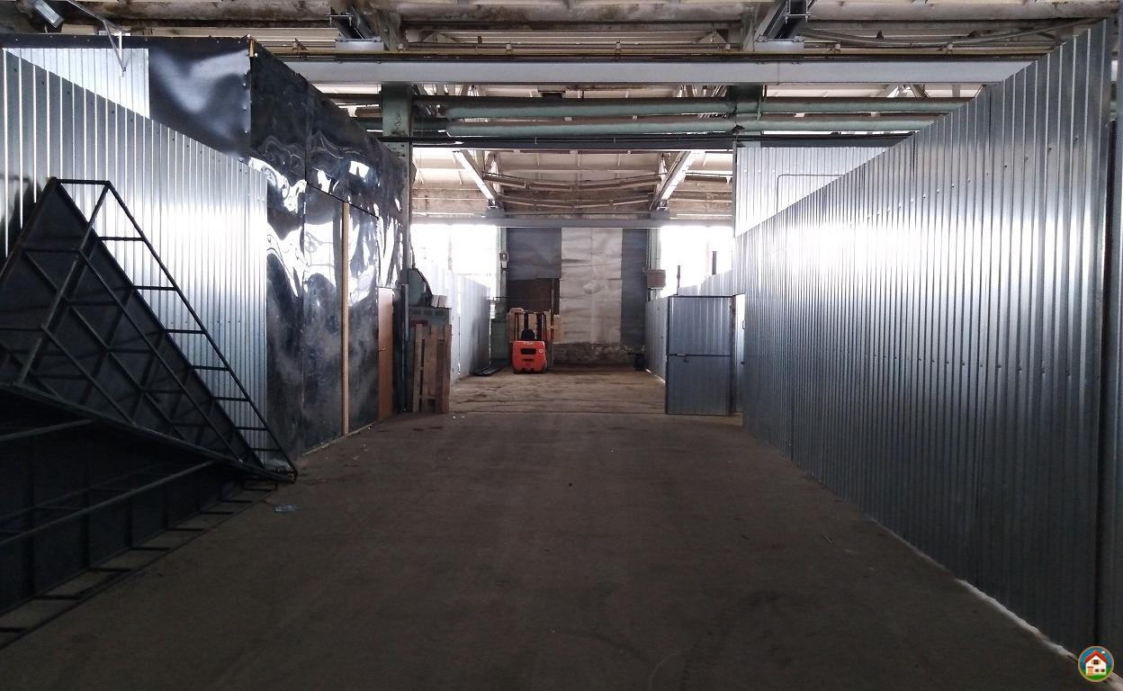 Сдается отапливаемое пром.-складское помещение 300 м2