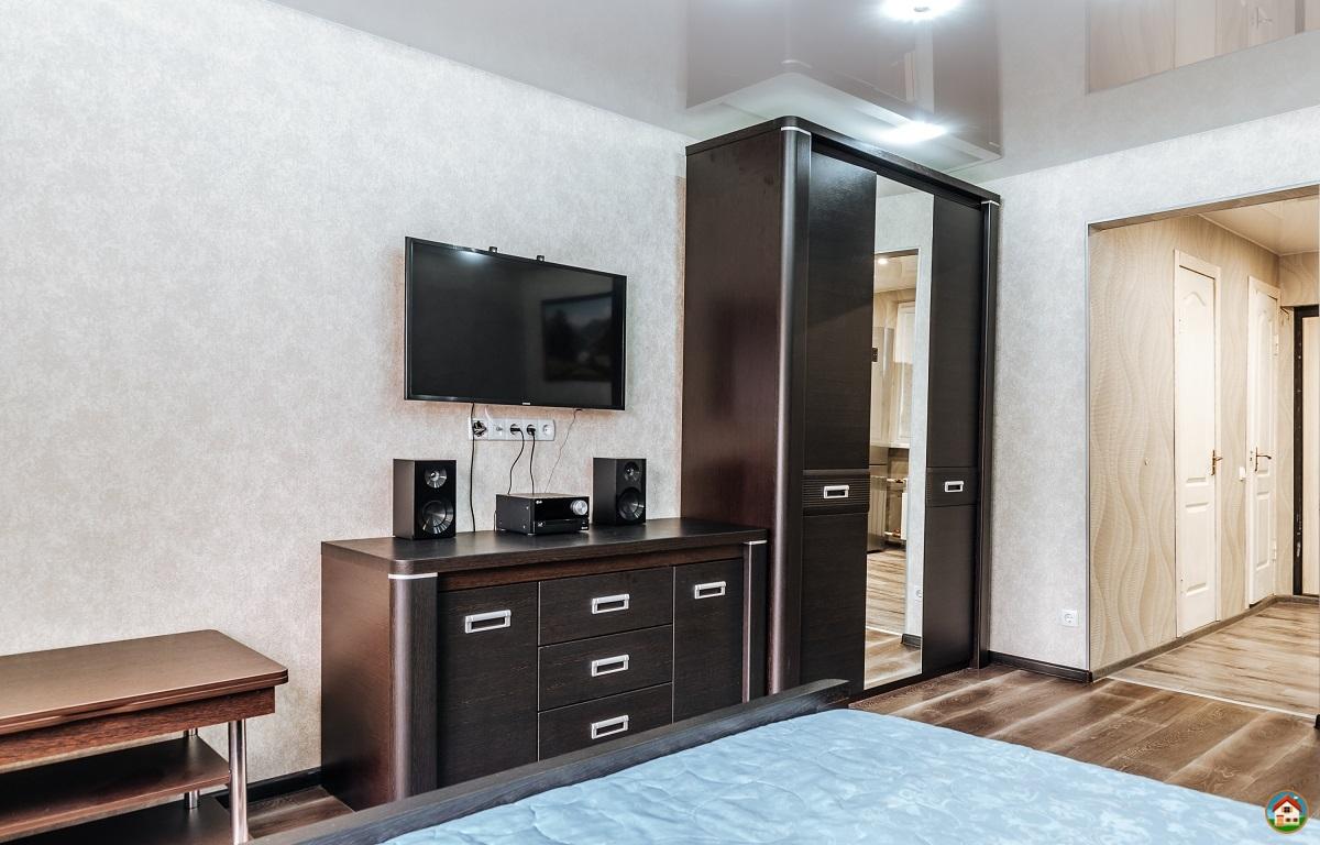 1-но комнатная квартира в центре п Лазаревское посуточно
